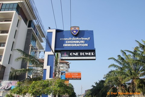 16-immigration-jomtien-02.jpg