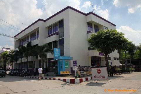 17-strassenverkehrsamt-chonburi-02.jpg