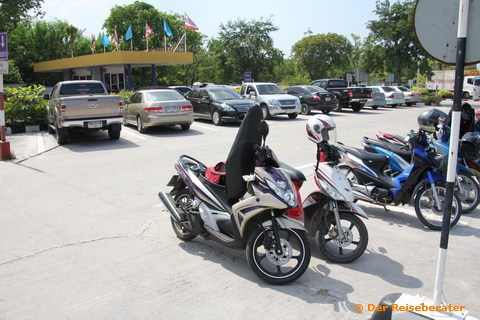 17-strassenverkehrsamt-chonburi-05.jpg