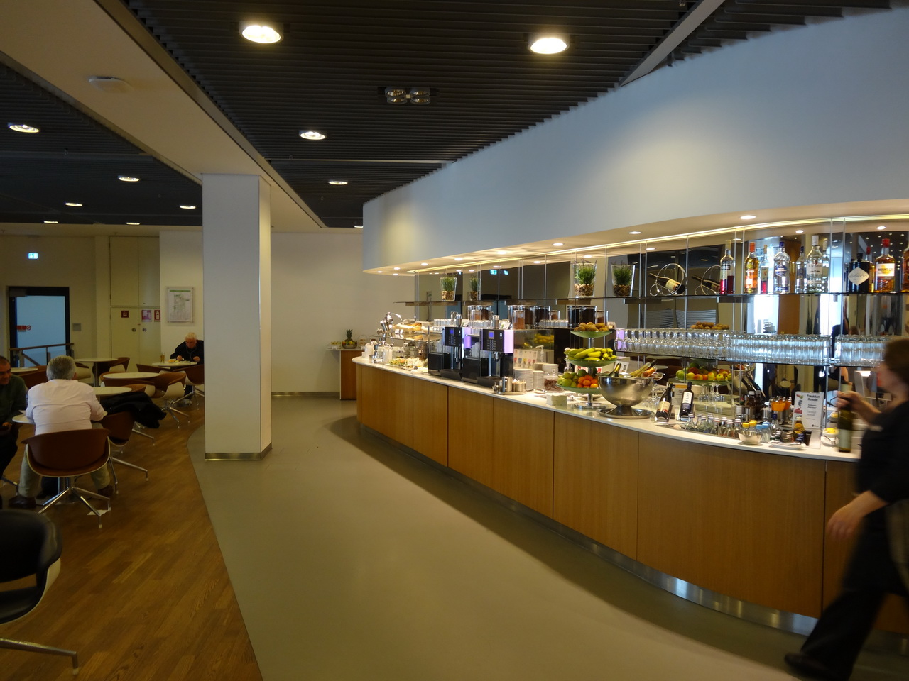 02 LH Lounge 03