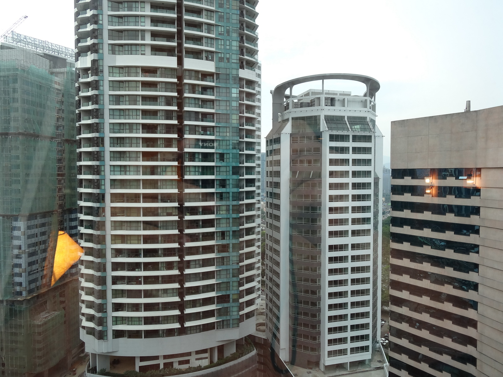 01 Renaissance Hotel KUL 03