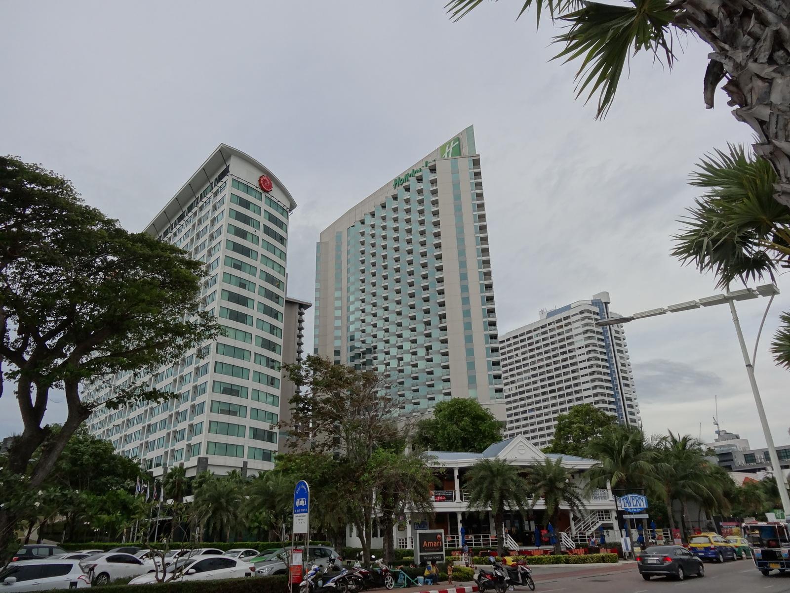 12 Pattaya 230