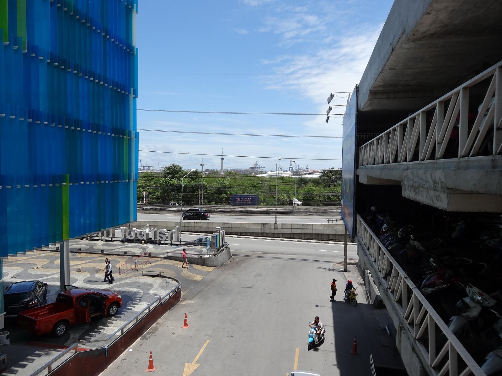 16 Laem Chabang Habour Mall 02