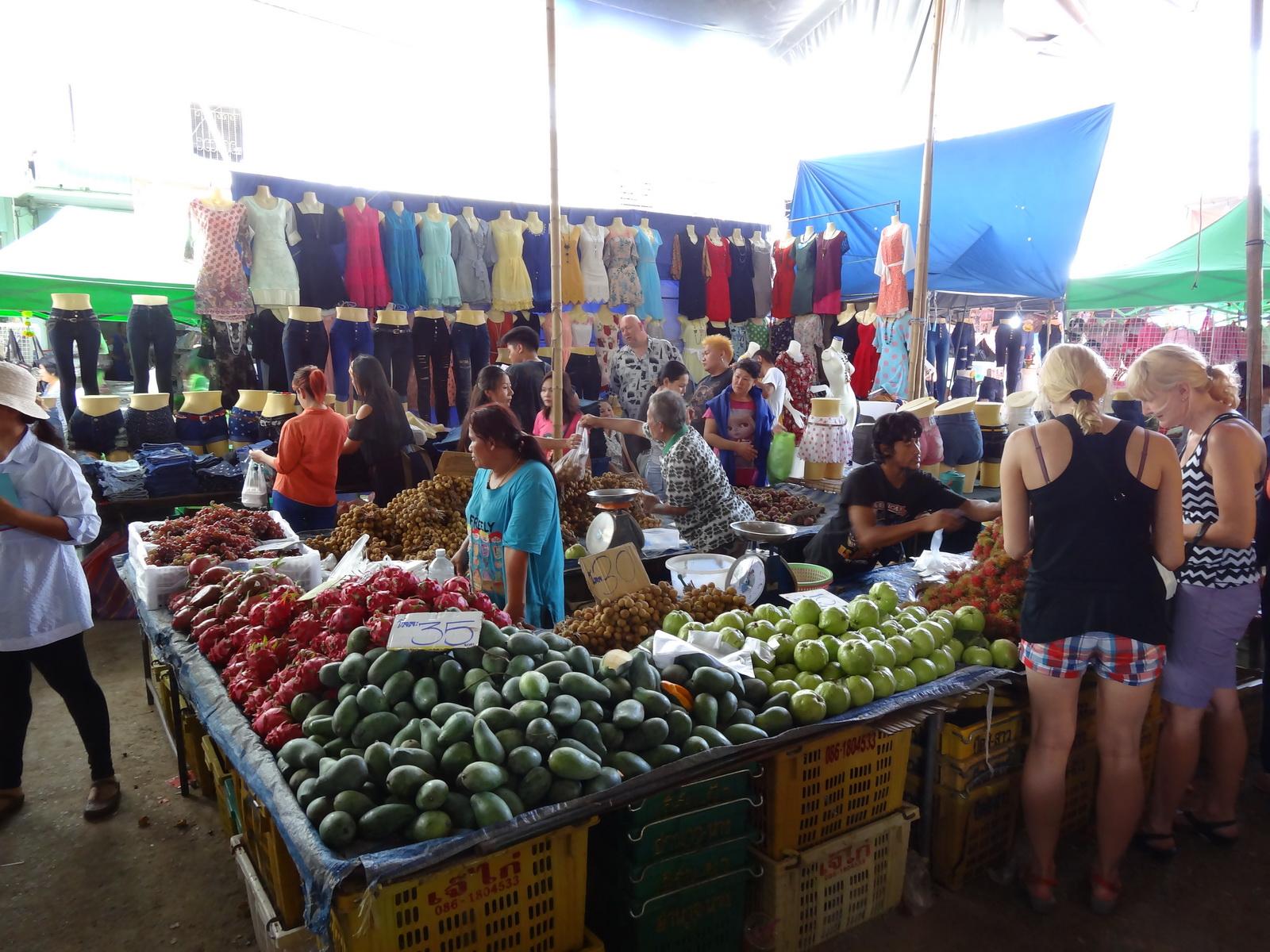 17 Buakhao Markt 22