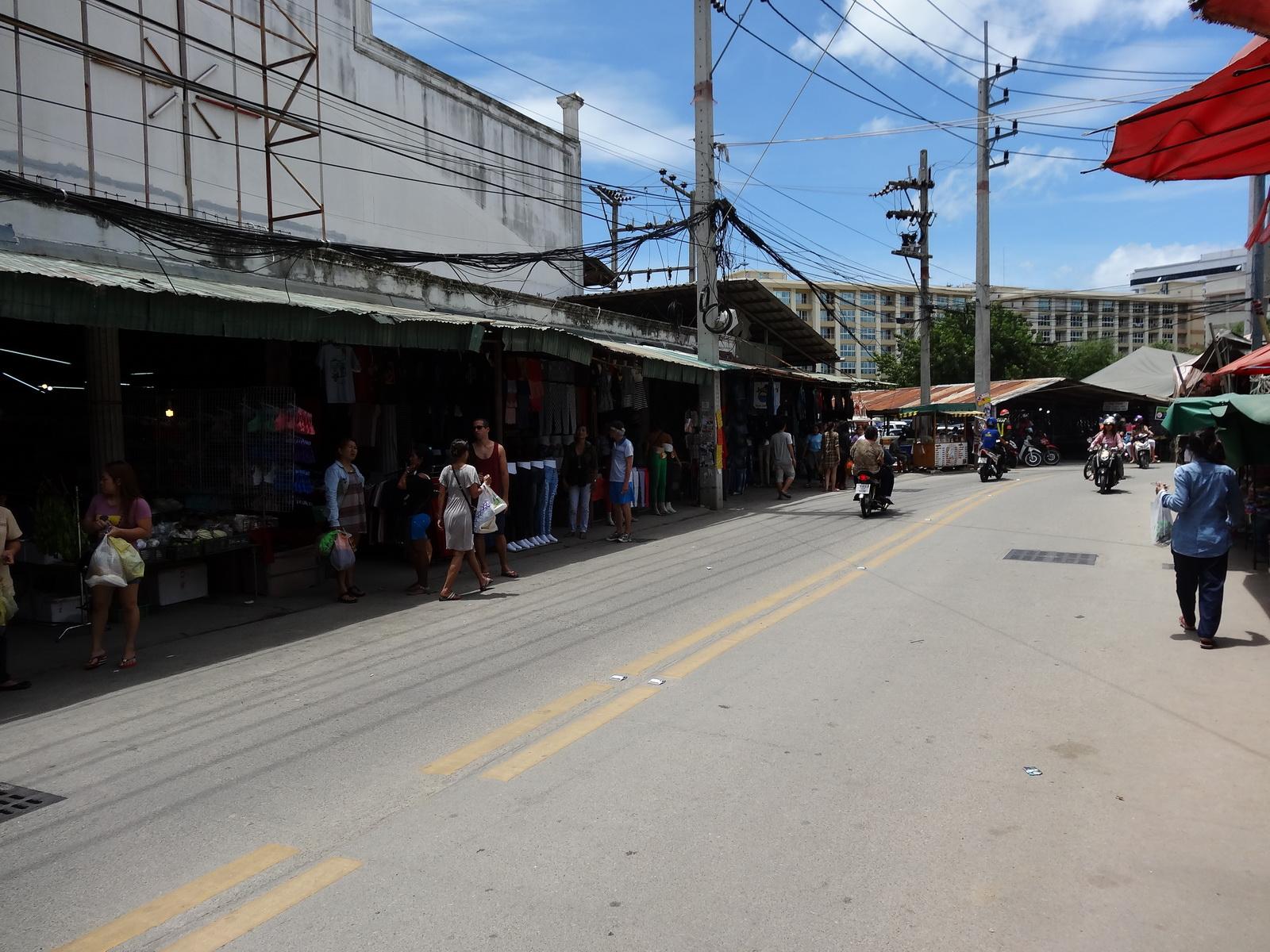 17 Buakhao Markt 25