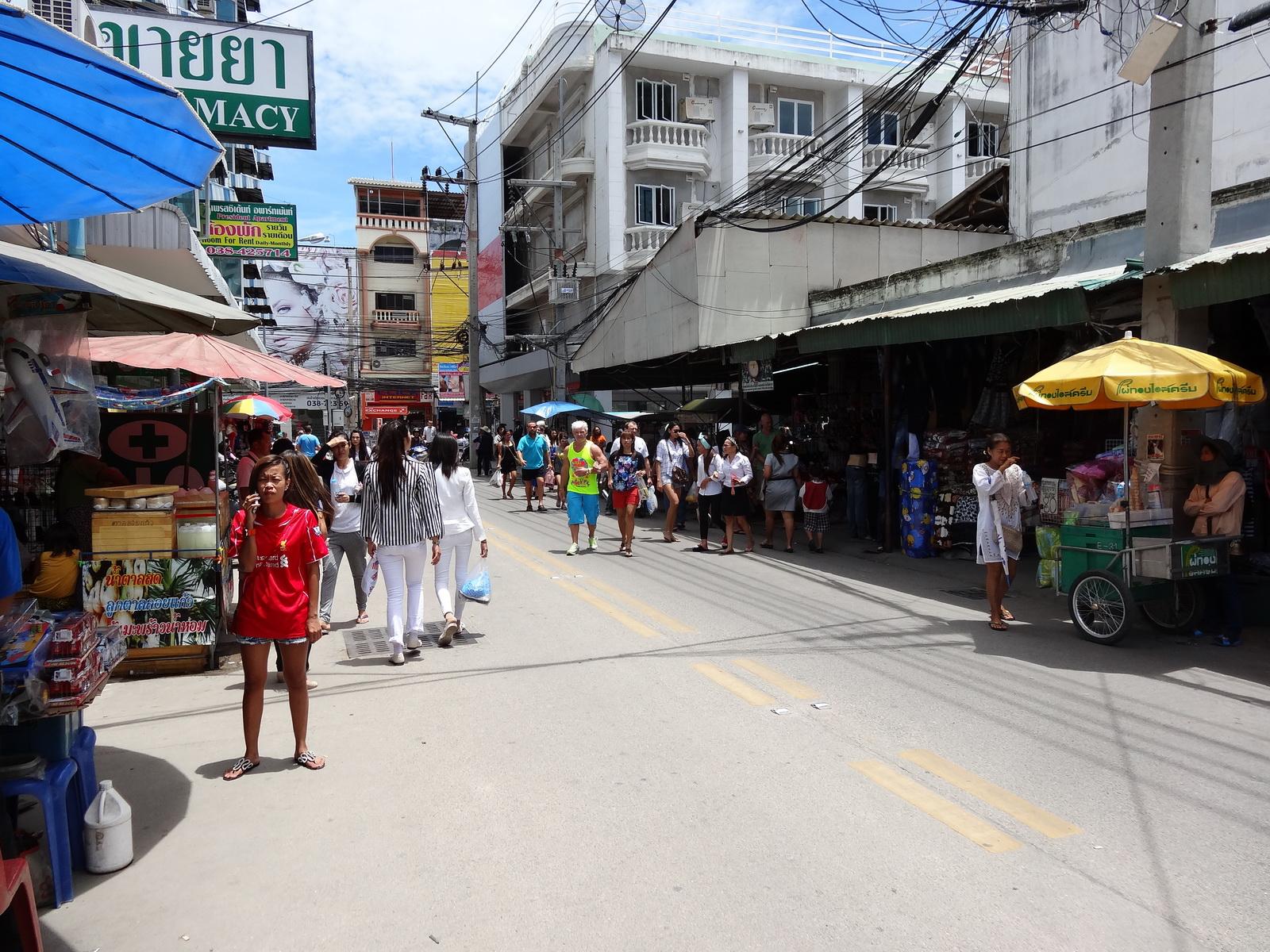 17 Buakhao Markt 26