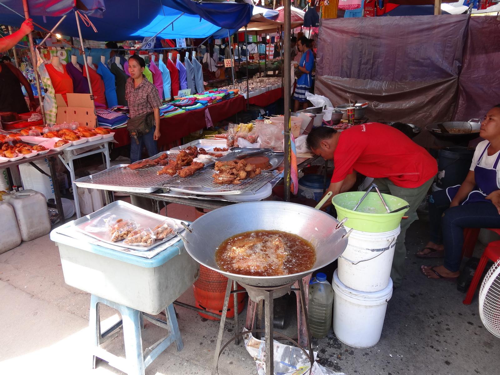 17 Buakhao Markt 27