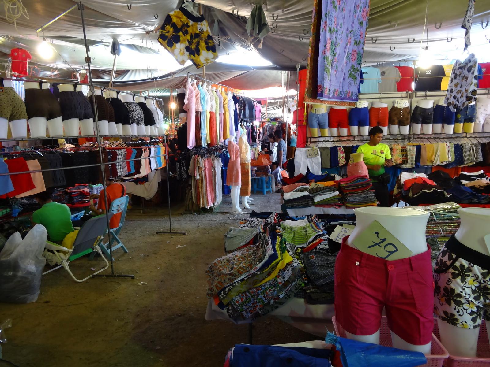 17 Buakhao Markt 32