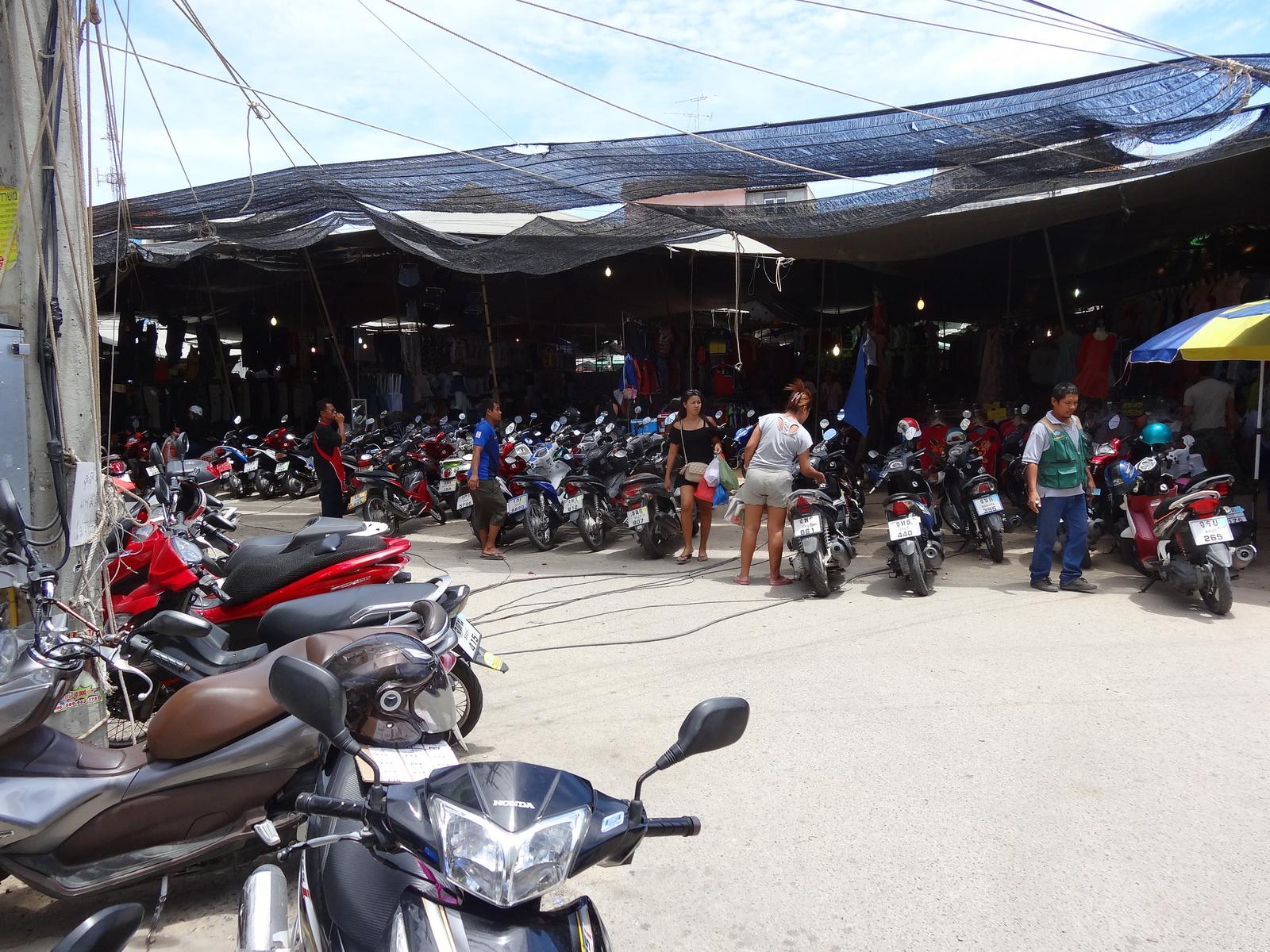 17 Buakhao Markt 37