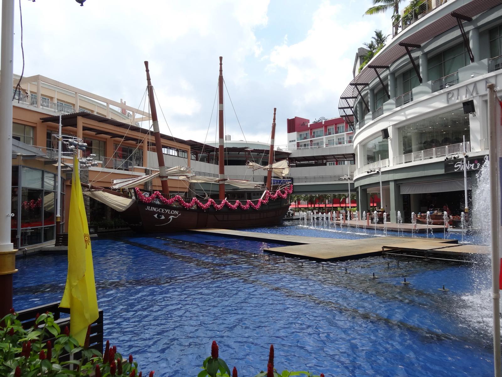 10 Phuket 48