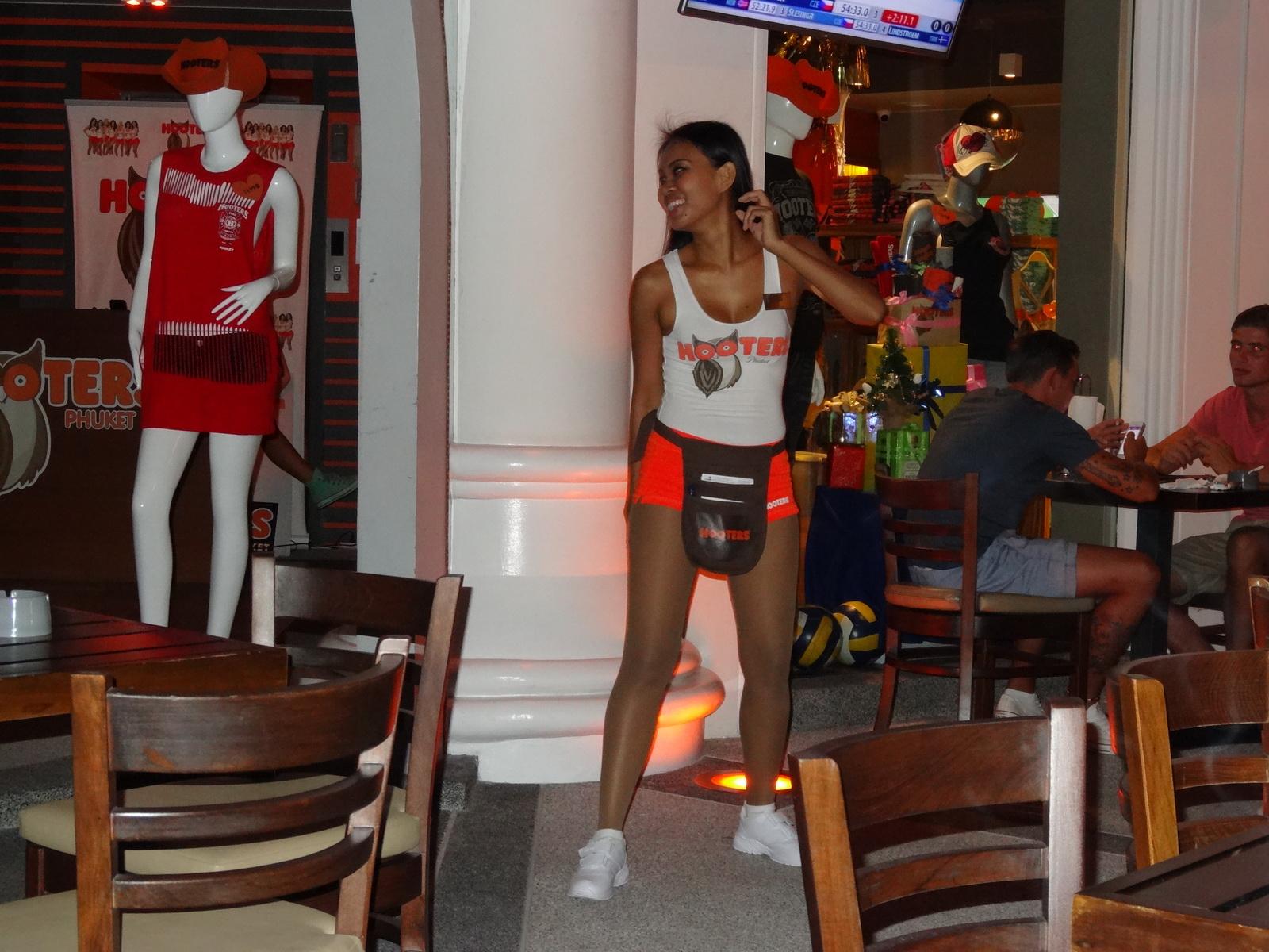 10 Phuket 71