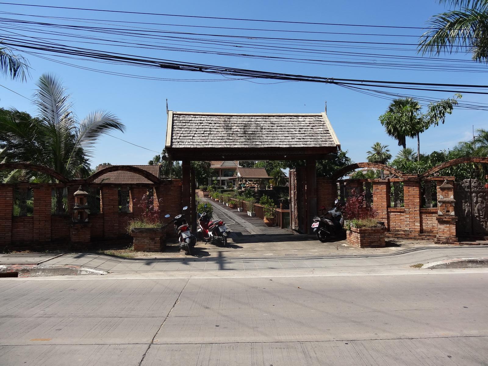 20 Pattaya 303