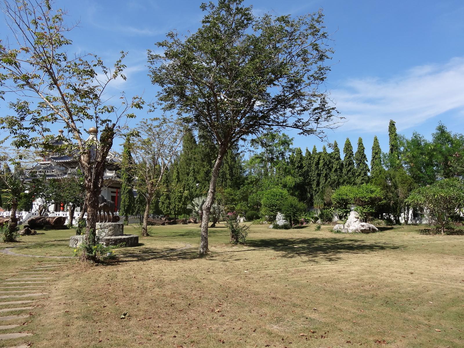 20 Pattaya 327