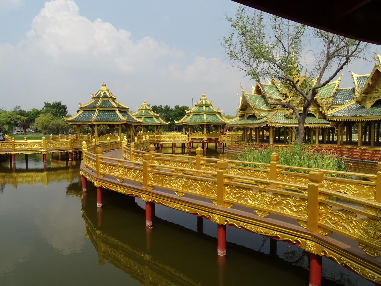 05 Mueang Boran 50