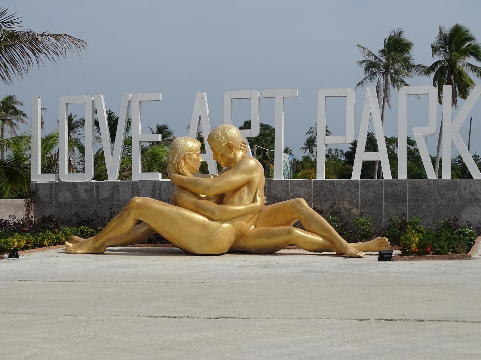 10 Love Art Park 105