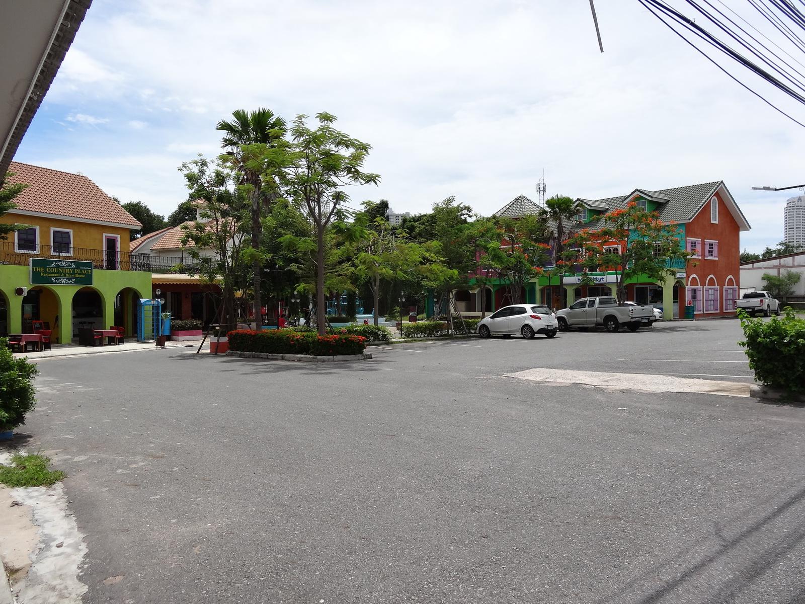 30 Pattaya 183
