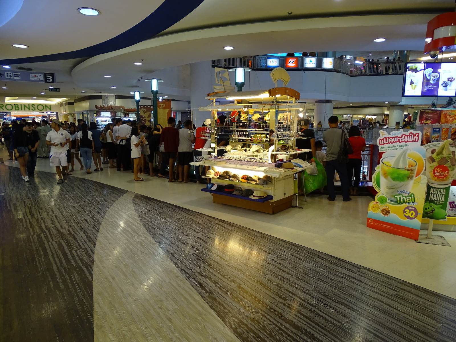 30 Pattaya 274